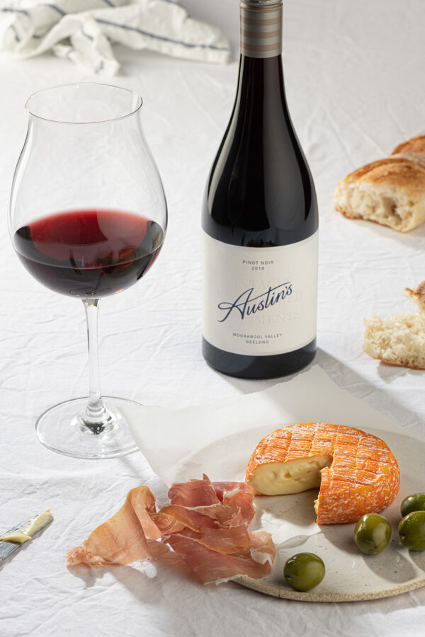 austins pinot noir wine